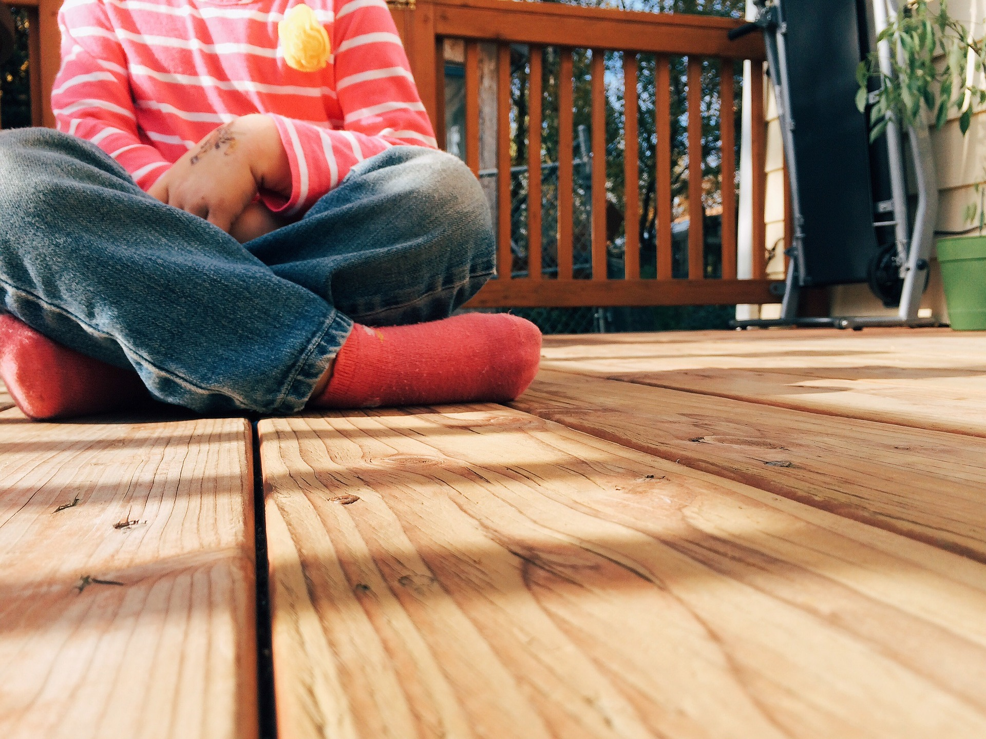 How do I paint or stain pressure-treated wood? Ask Biiibo - Cover Image